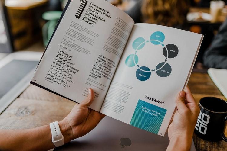 Você conhece todos estes 7 Livros Essenciais para Startups?
